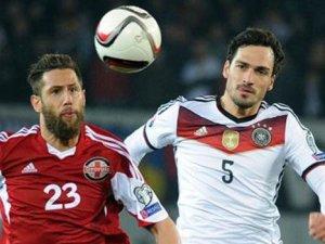 Almanya rahat kazandı