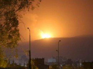 Arap uçakları Sana'yı vurdu: 40 sivil öldü