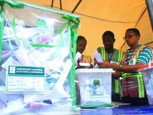 Nijerya'da Buhari önde
