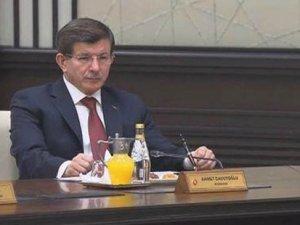 AKP medyasından Başbakan Davutoğlu'na sansür
