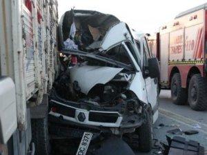 İstanbul'da katliam gibi kaza: 3 ölü 6 yaralı