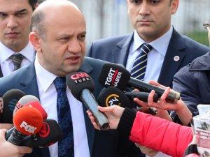 """Sanayi Bakanı Fikri Işık: """"Bu yoruma külliyen karşı çıkarım"""""""