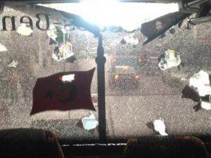 Beşiktaş otobüsü de saldırıya uğradı
