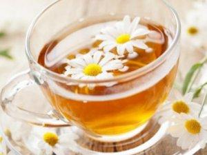 Mevsim alerjisine karşı papatya çayı