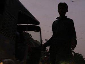 Pakistan'da kanlı baskın: 20 ölü