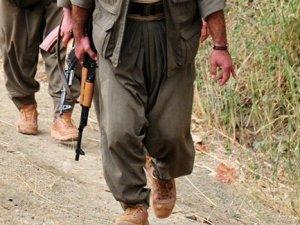Ağrı'da askere PKK tarafından ateş açıldı