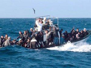 Akdeniz'de tekne faciası, 400 göçmen öldü!