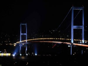 Boğaziçi Köprüsü 3 ay karanlığa gömülecek