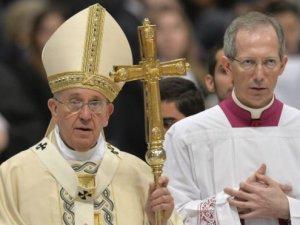 Vatikan: Papa 'soykırım' ifadesini alıntı bağlamında kullandı