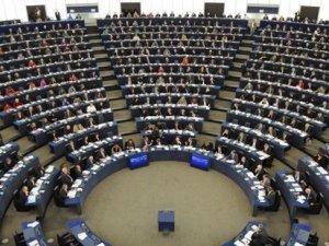 Rıza Türmen: Avrupa Parlamentosu'nun kararı Türkiye'yi bağlamaz