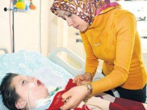 Babası Soma faciasında ölen Enes'e tıbbi yardım yok!