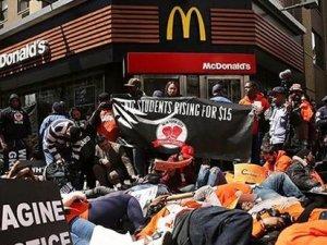 ABD'de fast food çalışanları eylemde