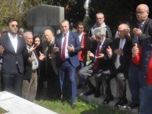 Beşiktaş 'Baba Hakkı'yı andı