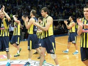 Fenerbahçe Maccabi'yi farklı geçti