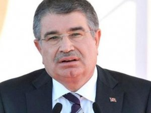 İdris Naim Şahin kendi kurduğu partiden istifa etti
