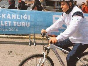 Cumhurbaşkanı Erdoğan'da pedal çevirdi