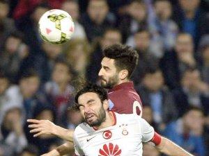 Trabzonspor, Arena'da 3-0 yendiği Galatasaray'ı Avni Aker'de tekrar yıktı!