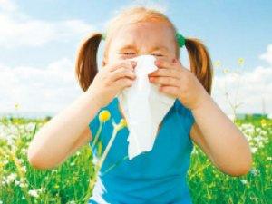 Bahar alerjisinden çocuğunuzu koruyun