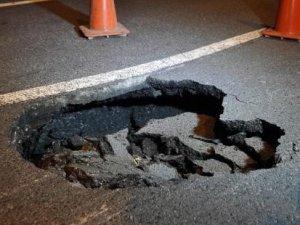 TEM Otoyolu'nda bir metrelik çökme meydana geldi!