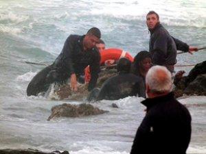 BM İnsan Hakları Yüksek Komiseri Hüseyin,:Avrupa Akdeniz'i mezarlığa çevirdi