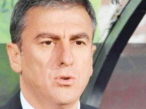 Hamza Hamzaoğlu ilk geldiği haftaları mumla aratıyor