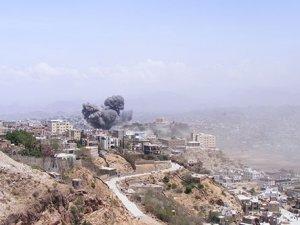 Yemen'e hava saldırısı tekrar başladı