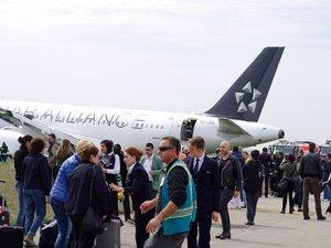 Uçak kazası yaşayan yolcular anlatıyor
