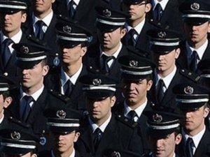 Emniyet'te 17-25 Aralık tasfiyesi; 5 bin polise tayin