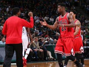 Bulls, Bucks'ı tır gibi ezdi geçti!