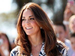 Cambridge Düşesi Kate Middleton doğum için hastanede
