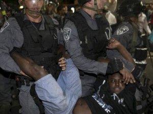 İsrail'de polise karşı 'ırkçılık' öfkesi büyüyor