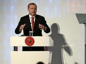 Cumhurbaşkanı Erdoğan, Tekirdağ'da muhalefete yüklendi