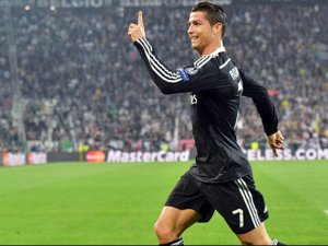 Yine Ronaldo, yine rekor!