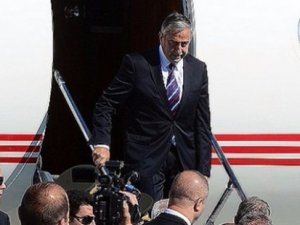 Mustafa Akıncı Türkiye'ye geldi