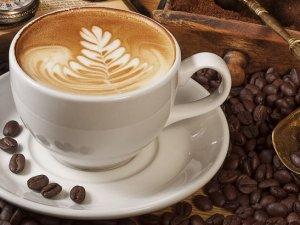 Kahve ve yeşil çay ömrü uzatıyor