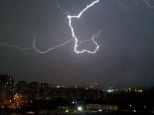 İstanbul'da muson yağmurları: Yağışlar sürecek