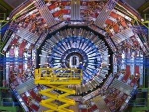 Türkiye CERN'E üye oldu