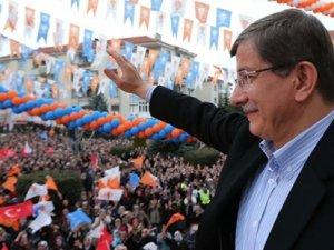 """Davutoğlu: """"HDP, Alevilere Diyanet'le ilgili vaatlerde bulunuyor"""""""