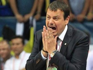 """Ergin Ataman: """"Bu utanç dolu sezonda..."""""""