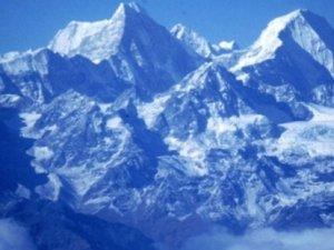 Depremin etkisi: Himalayalar küçüldü