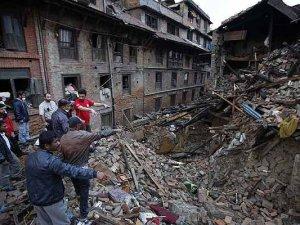 Nepal'de ikinci deprem: 7.4