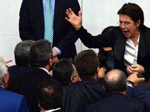 TBMM Başkanvekili Ayşenur Bahçekapılı oy birliğiyle ihraç edildi