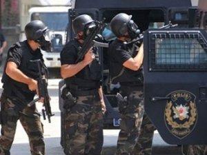 Sakarya'da iş adamları derneğine polis baskını