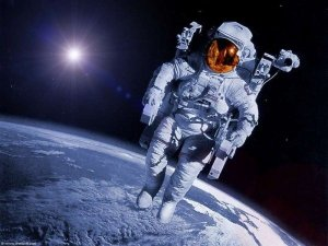 3 Astronot Uzayda mahsur kaldı