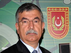 Milli Savunma Bakanı İsmet Yılmaz: Türkiye sınırını ihlal eden bir Suriye helikopteri düşürüldü