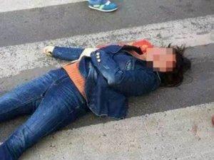 Çin'de polis yayaya çekiçle saldırdı