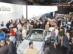 Autoshow'da 500 model