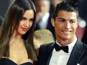 """Irina Shayk: """"Cristiano Ronaldo bir düzine kızla bana çalım attı""""!"""