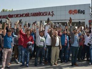 Akademisyenlerden grevdeki metal işçilerine destek