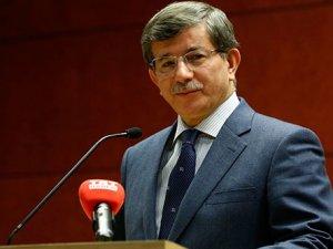 Ahmet Davutoğlu'ndan gençlere öneri: Gerektiğinde isyan edin